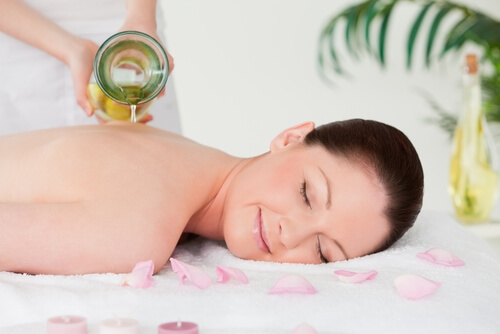 back massage with massage oil