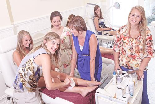 hair removal, beauty care, waxing, epilation, wax, trimming, group course, english course