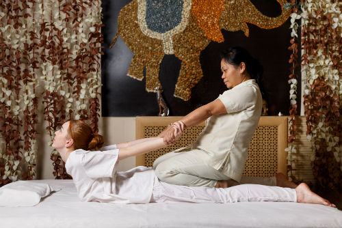 thais, massage, thaise, stretch, yogamassagetafel, table thai stretch