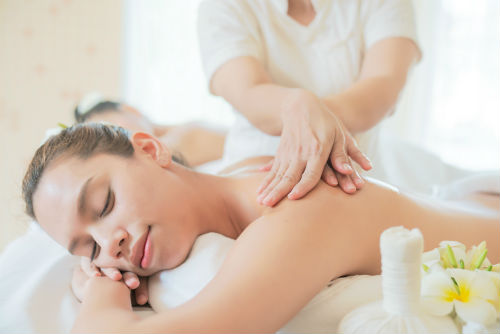 Wellnessmasseur, massage, wellness, saunacenter, sauna, ontspanning