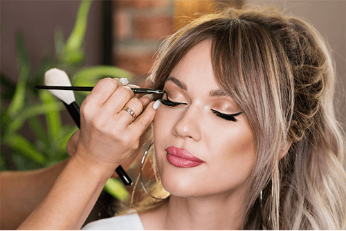 party & glam make-up